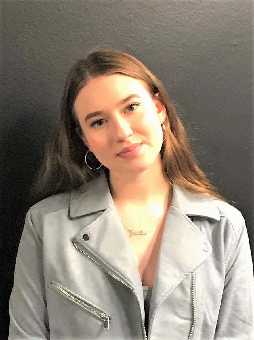 Lauren Farrier